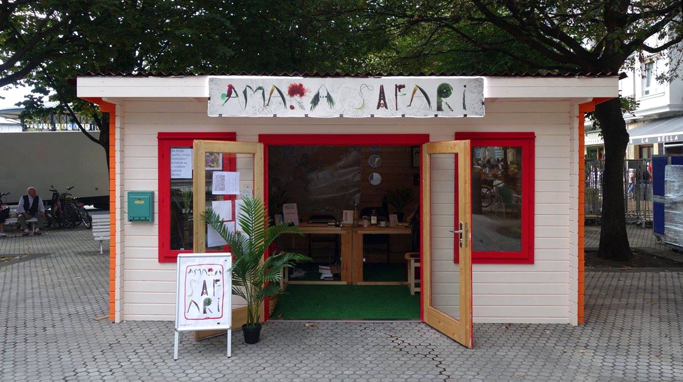 Our tour starts at the Amara Safari Office in Donostia's Amara district, one of the newest in the city.